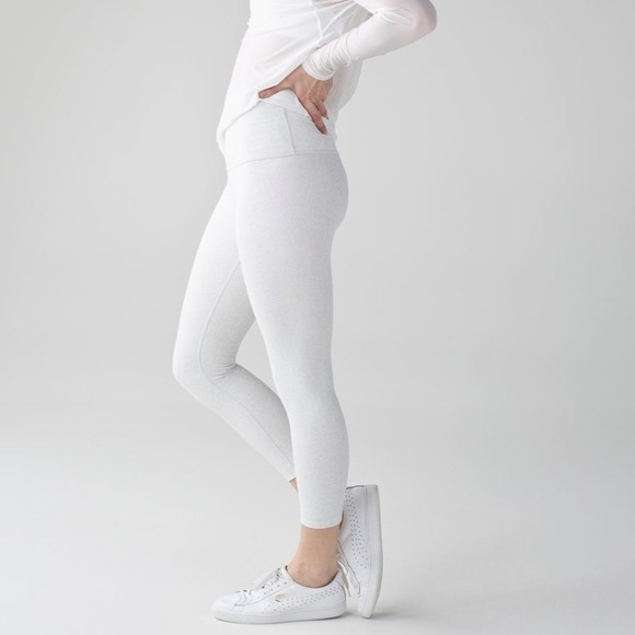 c7009cd702e77 lululemon athletica Pants | Lululemon Wunder Under High Rise Crop ...